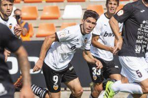 El VCF Mestalla juega sin público, pero en abierto