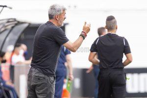 """Óscar Fernández: """"El equipo ha hecho un gran esfuerzo y ha tenido ocasiones aún con 10"""""""