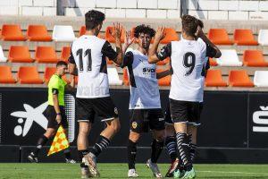 El VCF Mestalla arranca la pretemporada arrollando